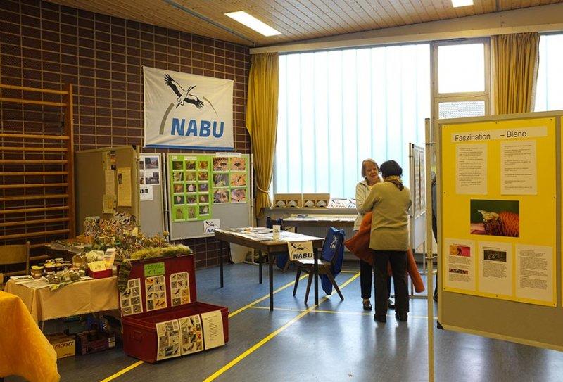 Aufbau Infomesse - NABU und Wühlmaus-Stand 2