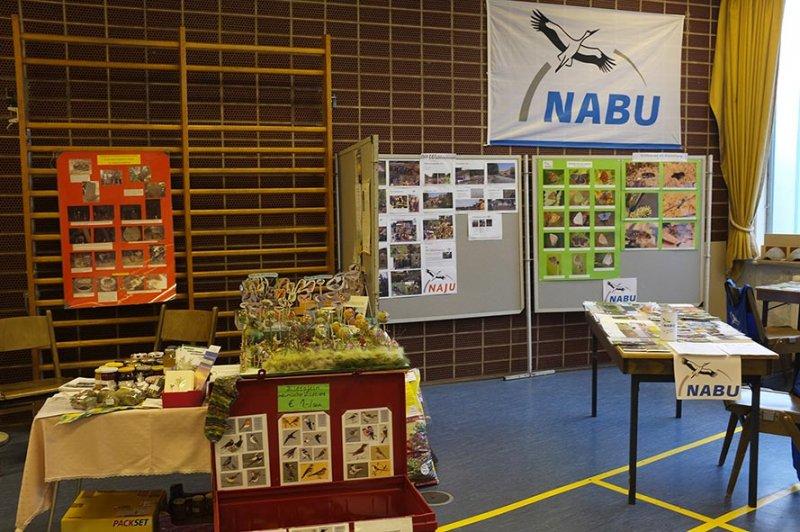 Aufbau Infomesse - NABU und Wühlmaus-Stand 1