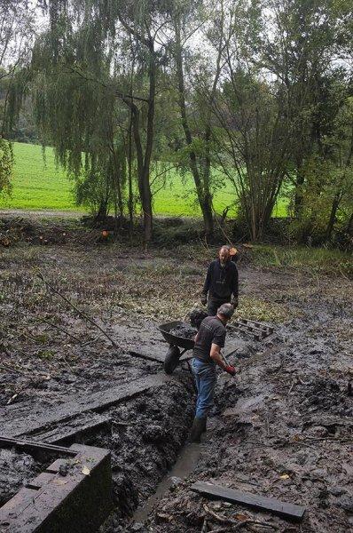 Mittelbachteich Nachmittag 26 Drainage-Brigade