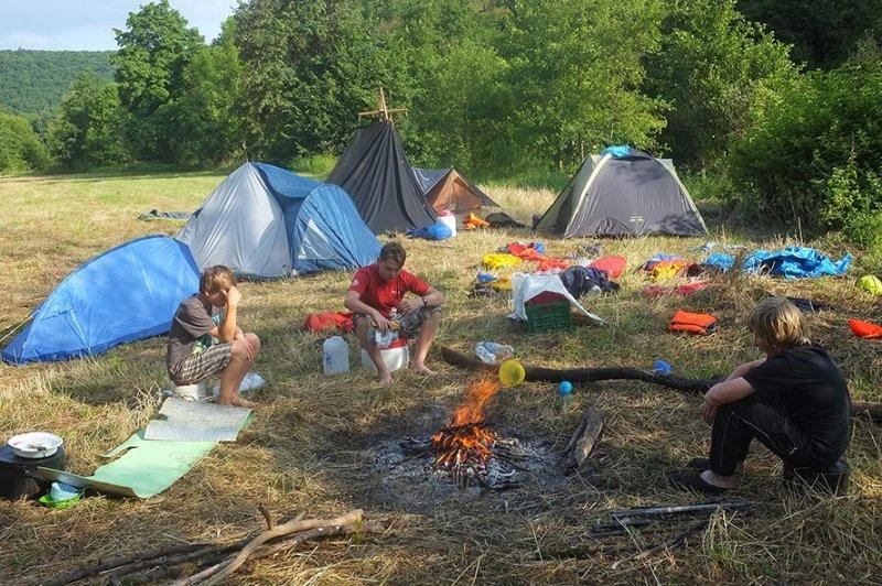 Lager am Dreiecksfelsen 01