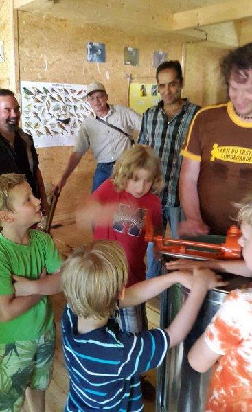 Honigfest im Lernort Natur - Honigschleuder 2