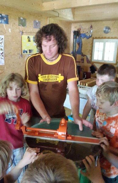 Honigfest im Lernort Natur - Honigschleuder 3