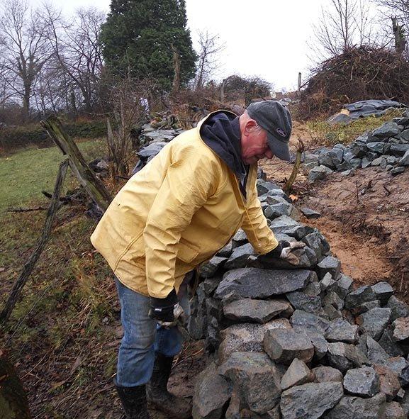 Steinmauer 4