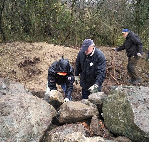 Steinschüttung Steine wälzen 4