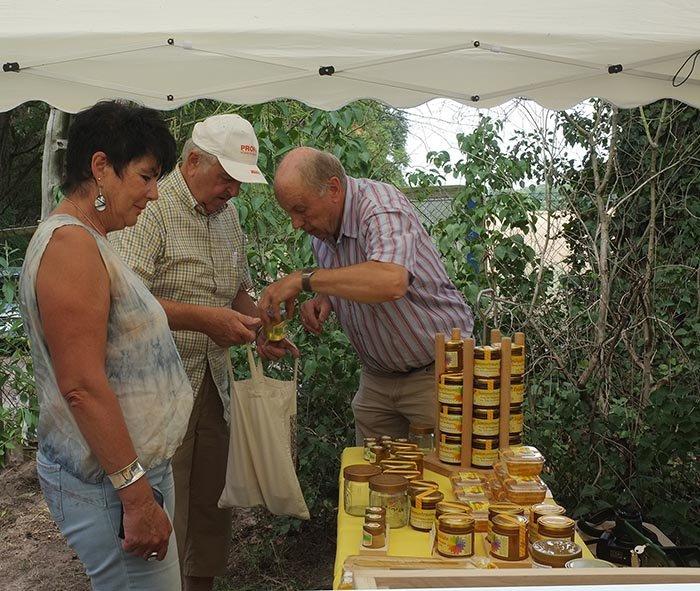 Honigtag Honigverkauf 01