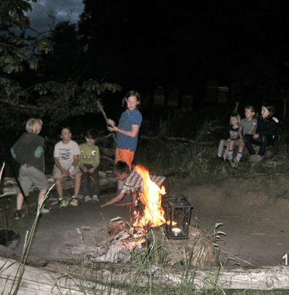 10 Camping in Eckis Garten