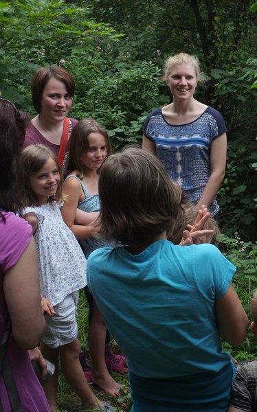 Eckis Garten - Bauwagen der Grashüpfer - Lydia und Stella