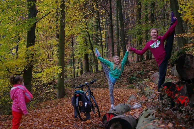 Sternwanderung - Gymnastik im Wald 06