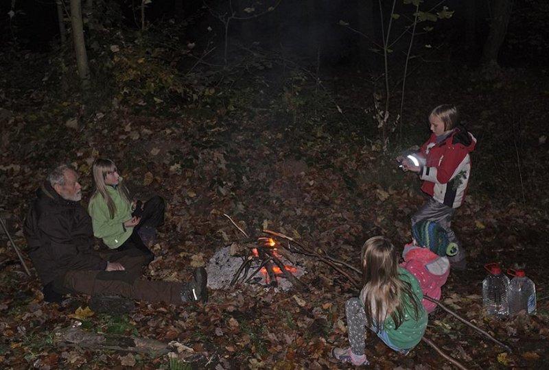 Sternwanderung - Lagerfeuer am Wühlmaushotel mit Ecki 2
