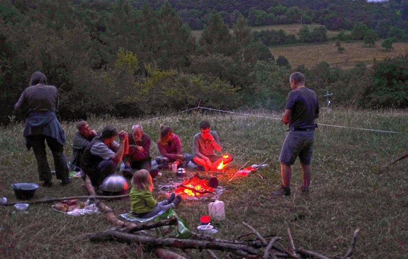 Lagerfeuer 16