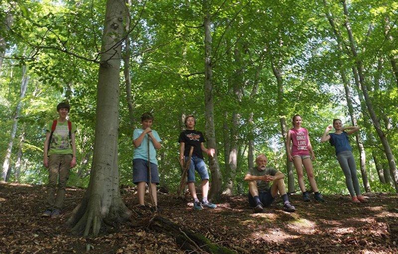 NAJUs im Wald - Gruppenbild 1