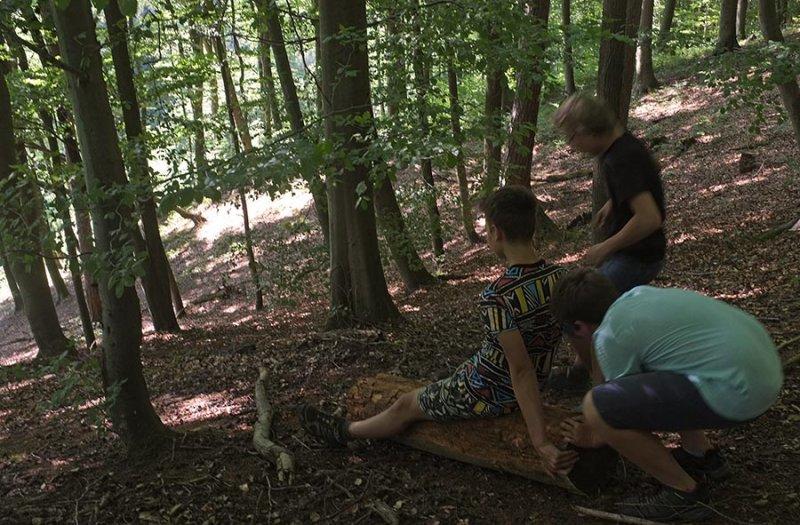 NAJUs im Wald - Rutschpartie 1
