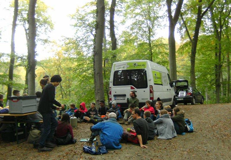 Pflanzaktion der NAJU im Alsbacher Wald 16