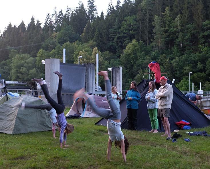 Handstand 17 10x12