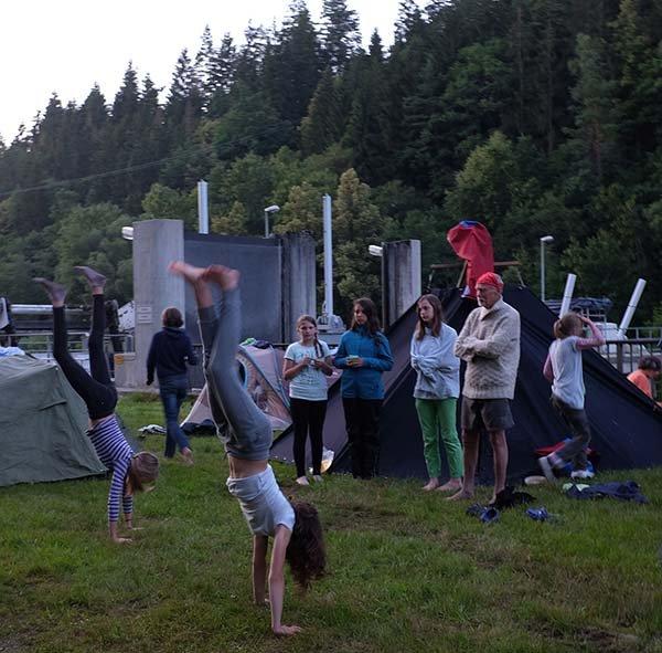 Handstand 20 10x11
