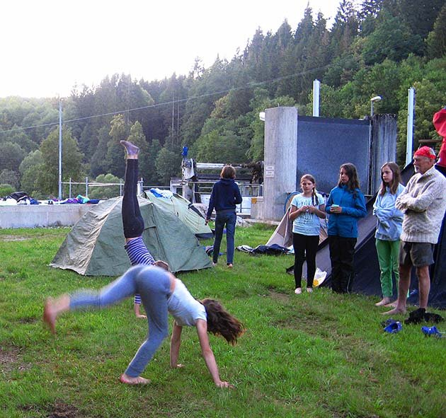Handstand 6 10x11