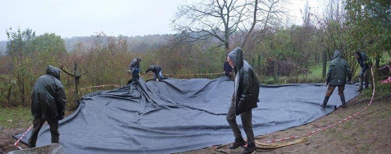Wuehlmausgarten - Einbau der Folie 08