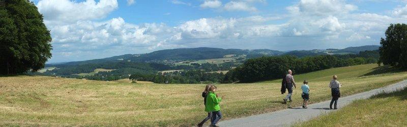 13 NAJU Sommerlager Wanderung zum Felsberg bei Reichenbach