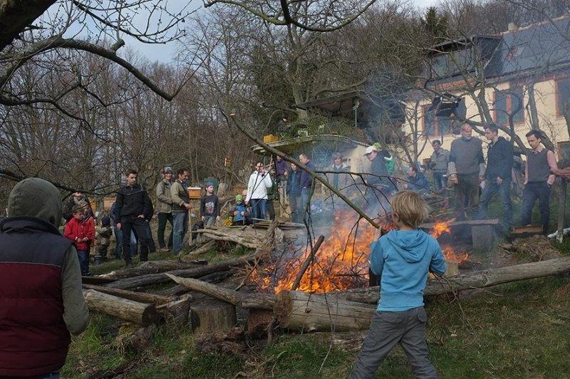 39 Weihnachtsbaum-Verbrennung