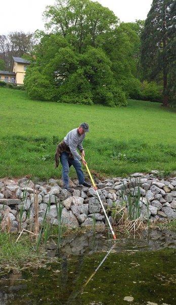 Pflegearbeiten am Schlosspark Amphibienteich 2