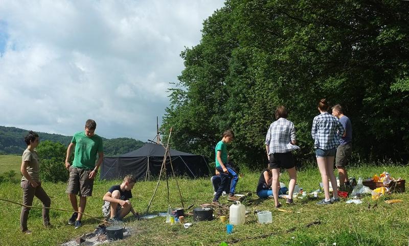 Fruehstueck im Lager 6