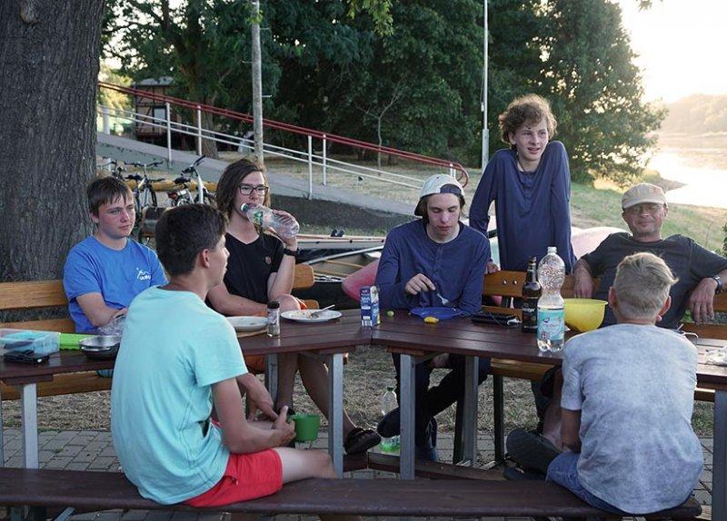 07 Lager am Bootshaus Aken 8