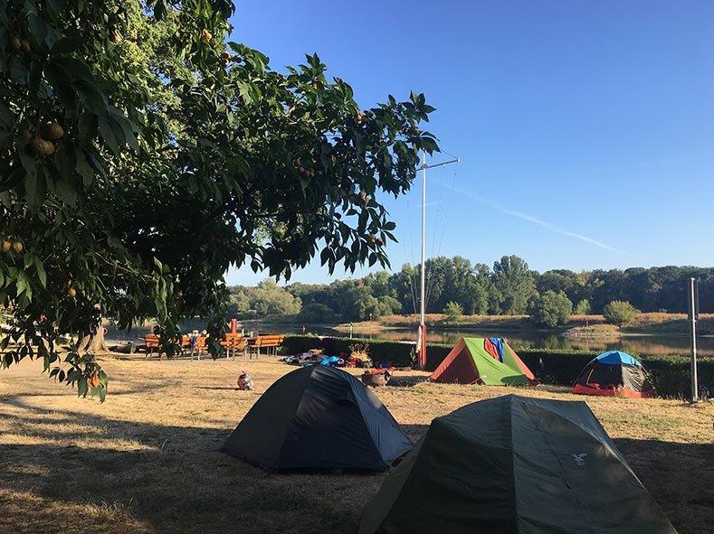 02 Schlafplatz Lager Aken 2
