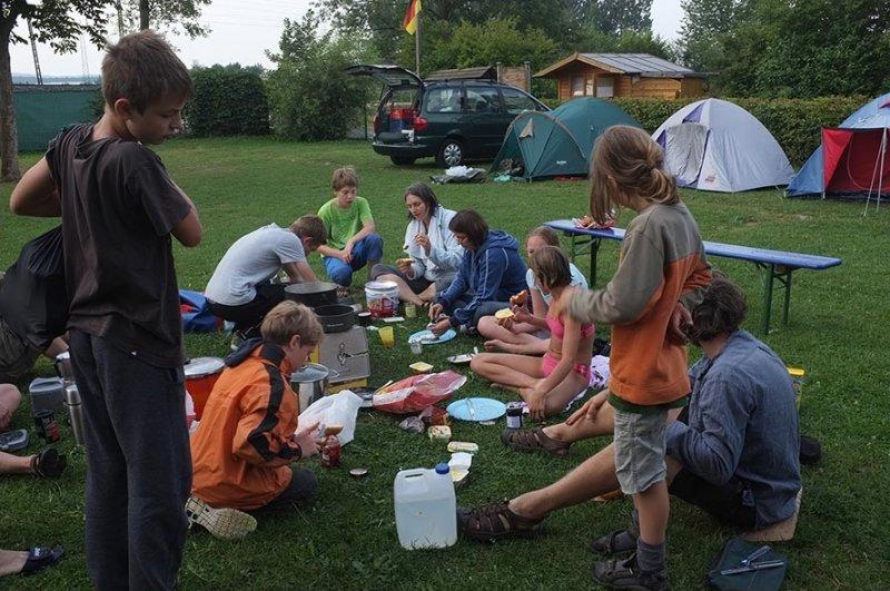 Camp Ebensfeld - Frühstück 01