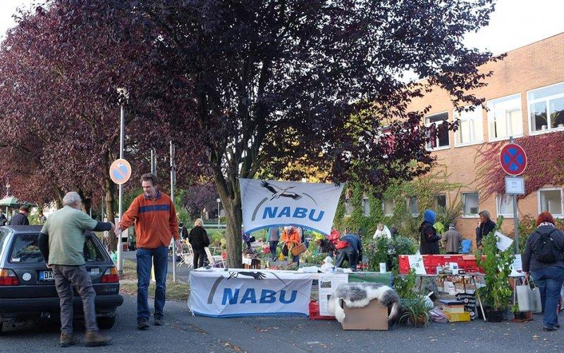 Aufbau NABU-Stand 1 10x15s