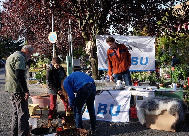NABU-Stand Pflanzenflohmarkt 5 10x15s