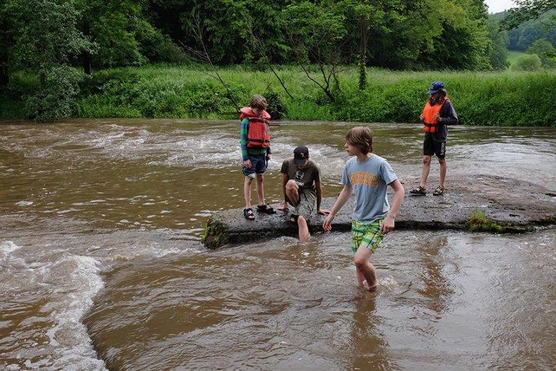 Hochwasser an der Anlegestelle 15