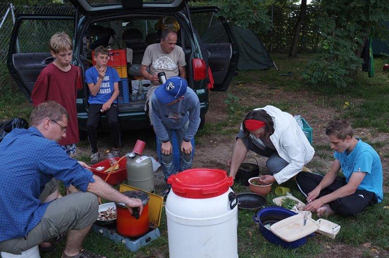 Camp Bamberg - Abendessen bereiten 2