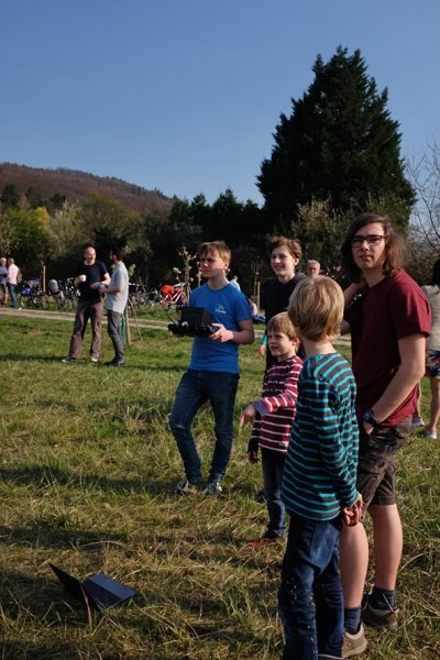 Kirschblütenfest-63-Flugtraining-NAJU-Drohnen-10x15s