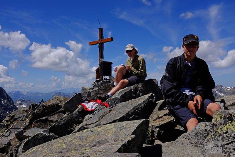 07 Scheibler - Gipfelfoto 3 10x15s