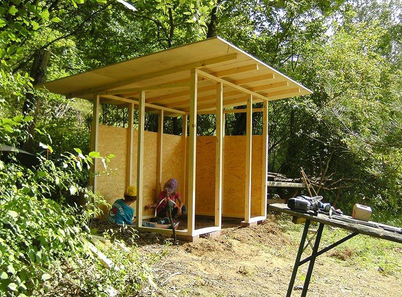 Werkzeughütte im Wühlmausgarten 12