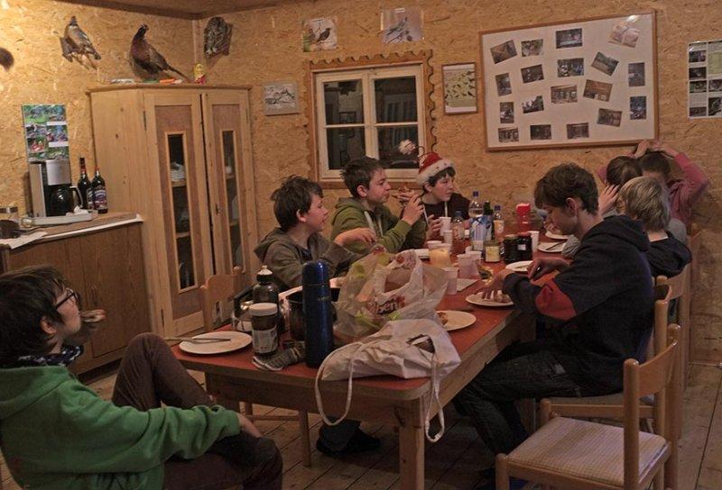 04 Frühstück in der Hütte