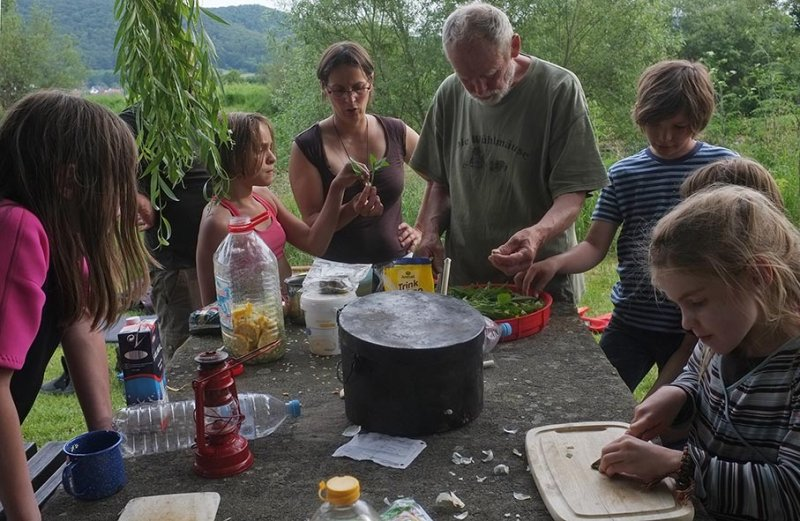 Lager Frieda - Abendbrot vorbereiten 1