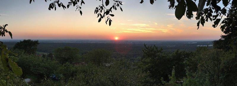 Sonnenuntergang auf Eckis Terasse