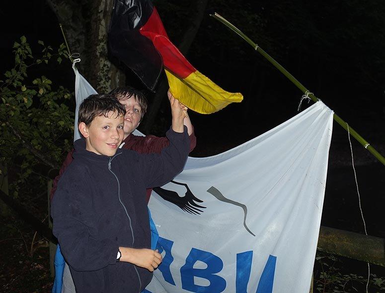Feuersalamander am Märchenteich 08