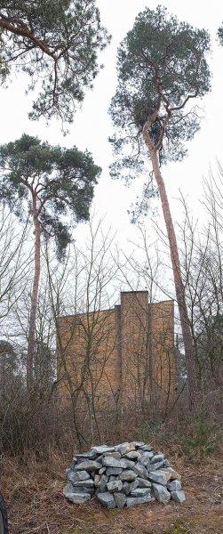 NABU-Garage Natursteinhügel 1 10x24s