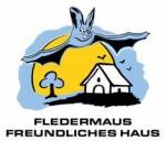 Umweltministerin Priska Hinz zeichnet Fledermausfreundliches Haus in Seeheim aus