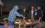 NAJU-Gruppe bereitet Winterfutter für Vögel