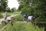 Reinigungsarbeiten am Landbach zusammen mit dem BUND