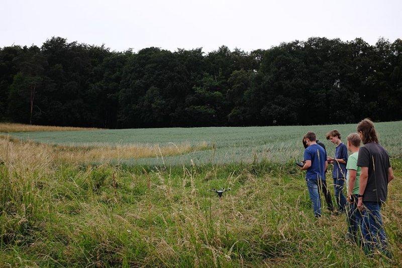 Kitzretter-Einsatz-Nieder-Beerbach-1-10x15s