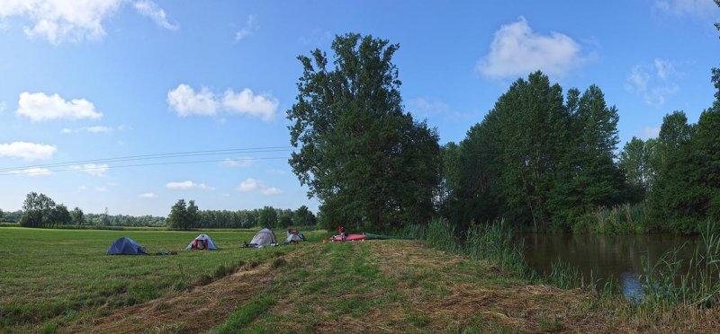 0 Lager bei Schlettstadt am Morgen 5 10x22s