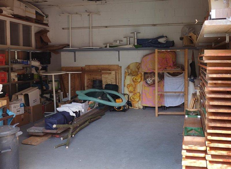 Aufräumarbeiten in der NABU-Garage 2 10x15s