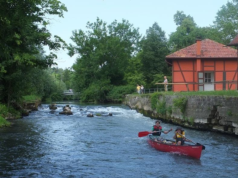 Fahrt uebers Wehr in Bad Kissingen - Marc und Moritz 4