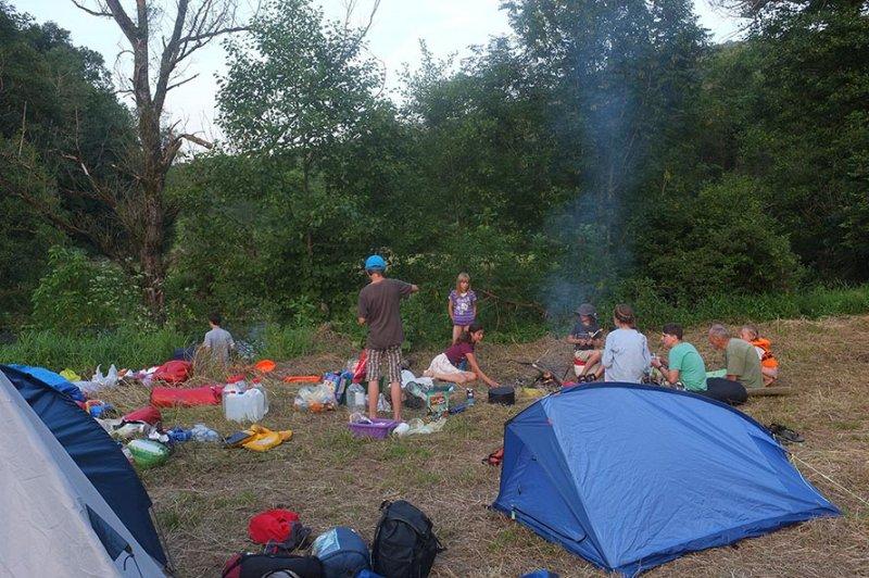 Lager am Dreiecksfelsen - Abendessen 07