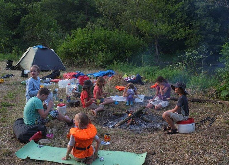 Lager am Dreiecksfelsen - Abendessen 09