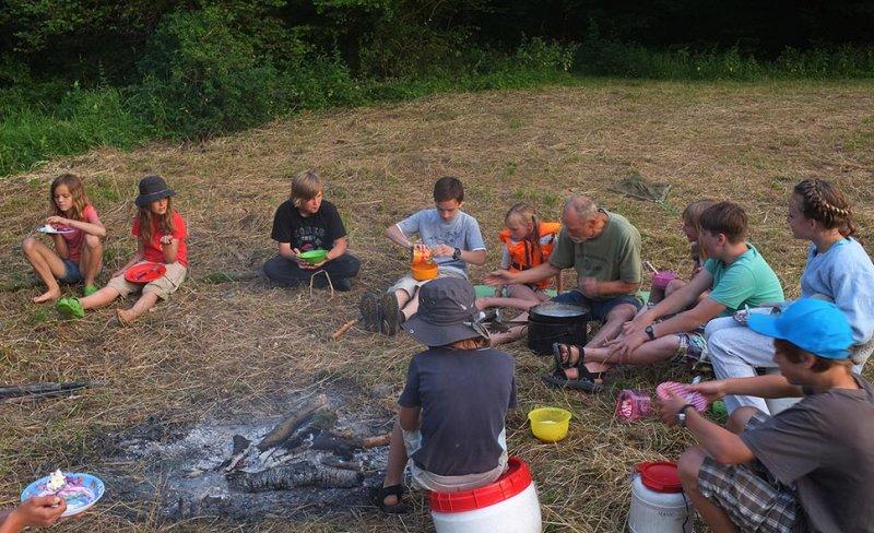 Lager am Dreiecksfelsen - Abendessen 15